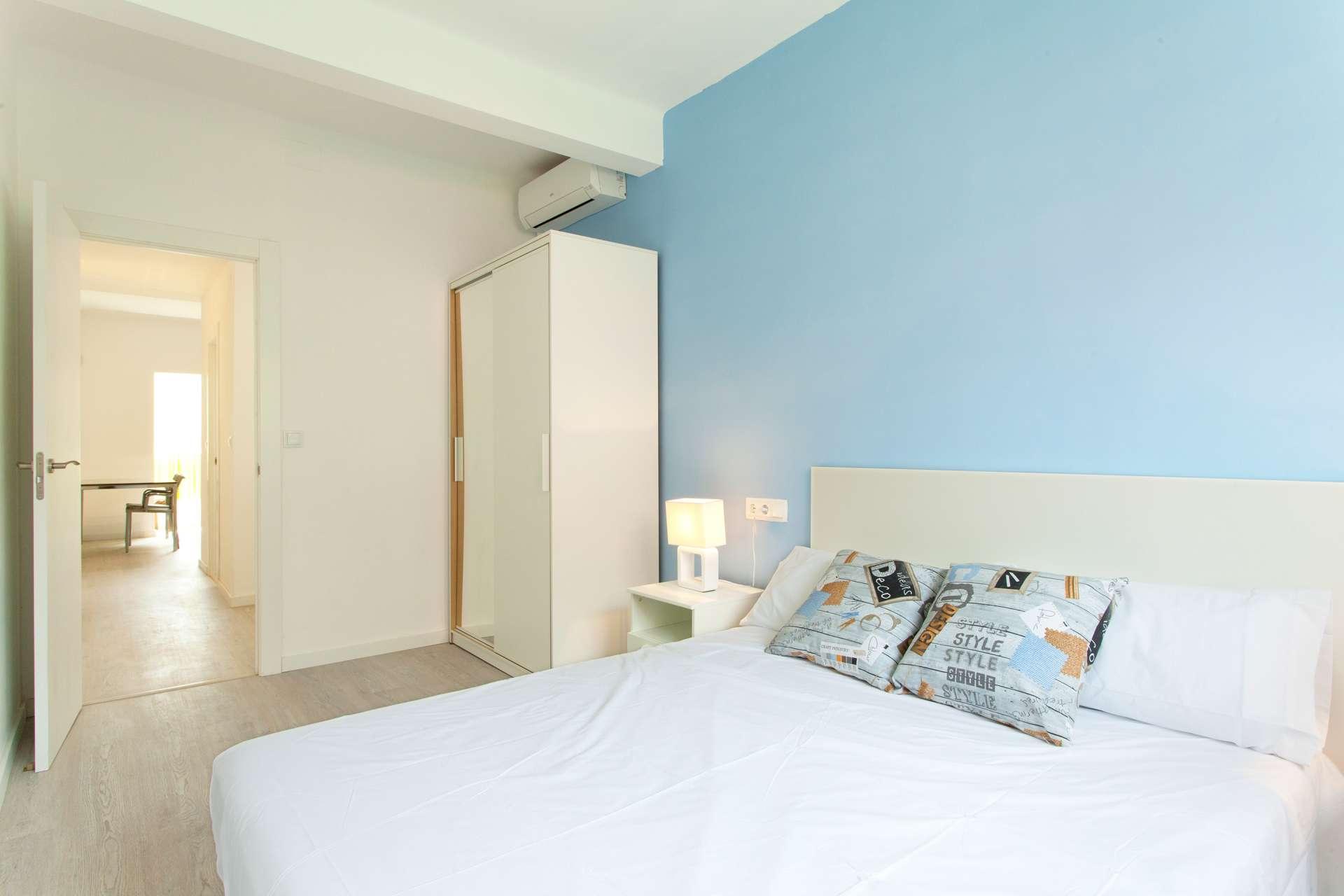 Shbarcelona appartement en location eixample dreta for Location appartement design barcelone