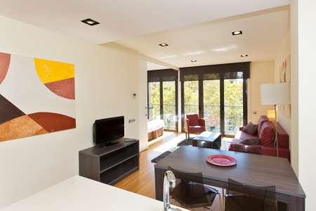 Appartamento in Affitto a breve termine a Barcelona Diagonal-sardenya