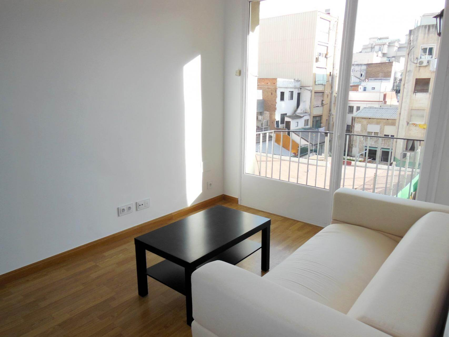 Piso en alquiler barcelona les corts can bruixa joan g ell for Piso alquiler les corts