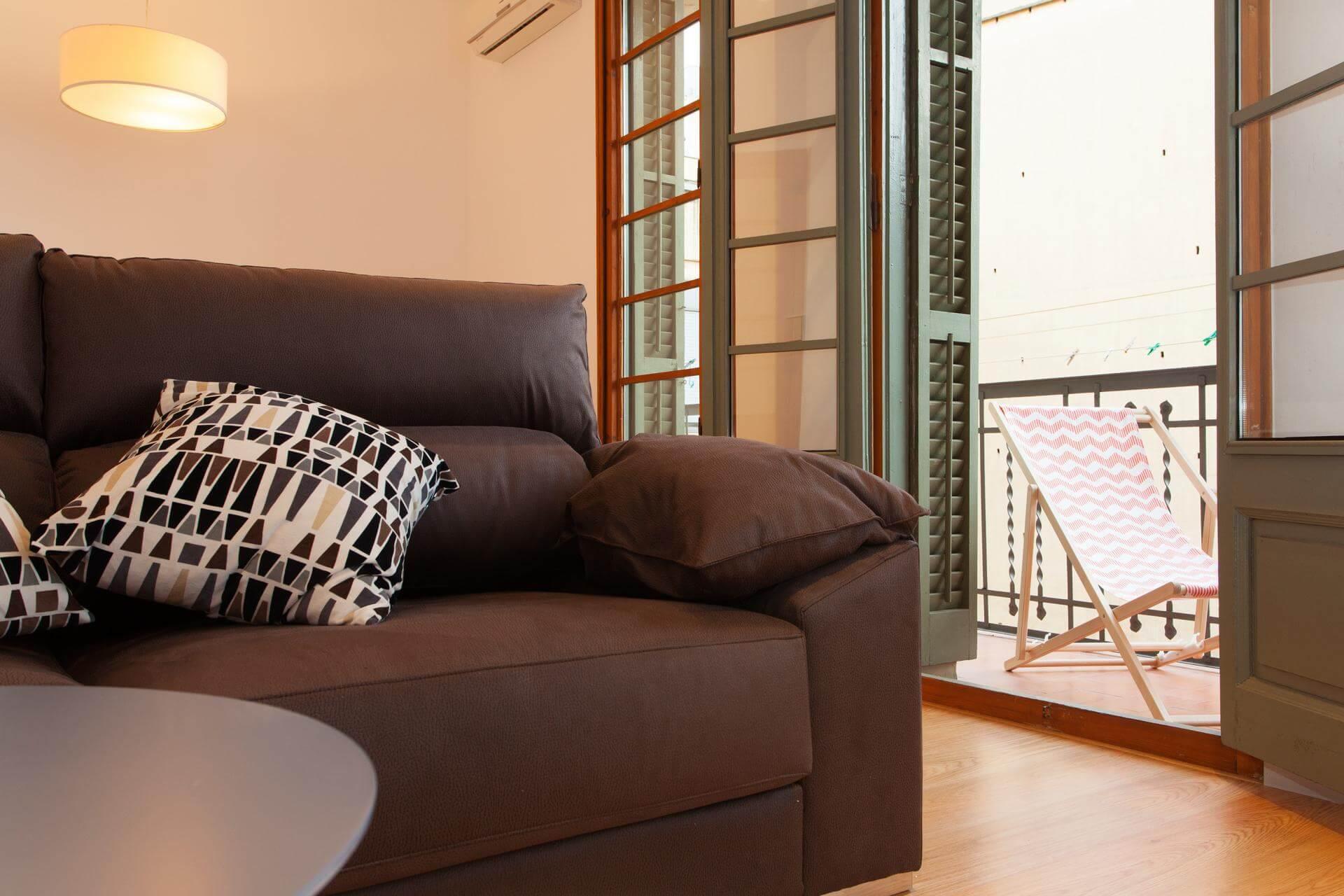Affitto mensile grande appartamento in zona centrale