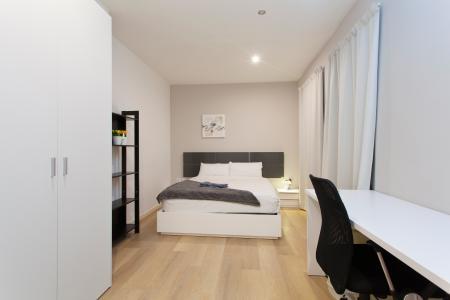 Grande appartamento in affitto in Carrer de la Marina