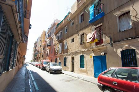 Apartment located in the famous Barceloneta, neighborhood, steps away from the Mediterranean Sea