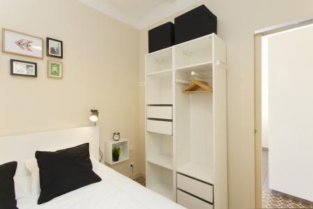 Charmoso apartamento de 1 dormitório para alugar em Sants Montjuic Barcelona