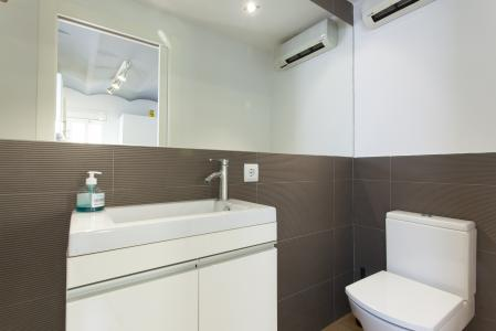 Appartement te huur in Barcelona Villarroel - Floridablanca