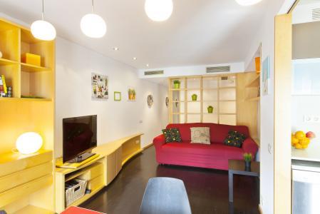 Appartamento in affitto in via Girona con Consell de Cent