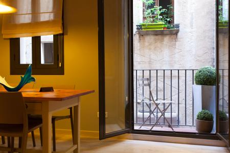 Appartement te huur in Barcelona Host. St. Antoni - Born