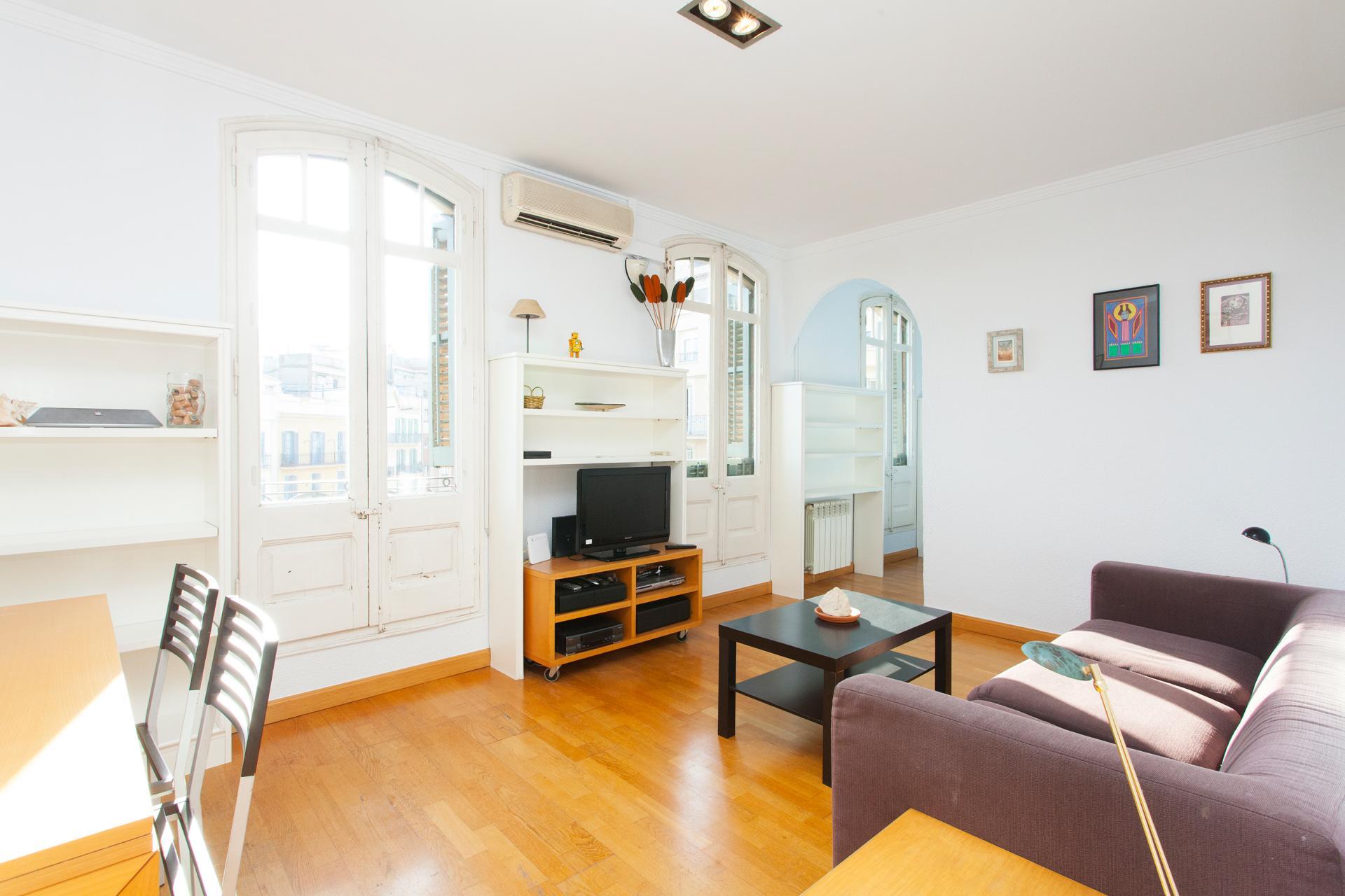 Shbarcelona alquiler piso junto a sagrada familia eixample - Piso alquiler sagrada familia ...