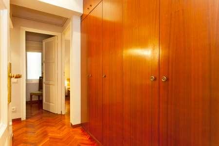 Spazioso appartamento in affitto in via Praga.