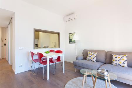 Flat with two bedrooms in Sants