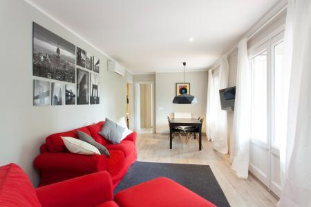Grande appartamento con terrazza in affitto in via Londres