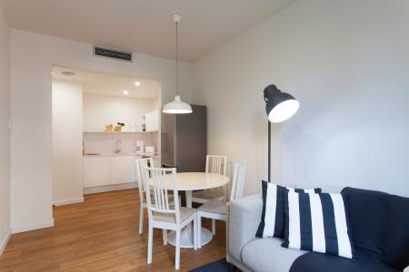 Appartamento in Affitto a Barcelona Villarroel - Tamarit