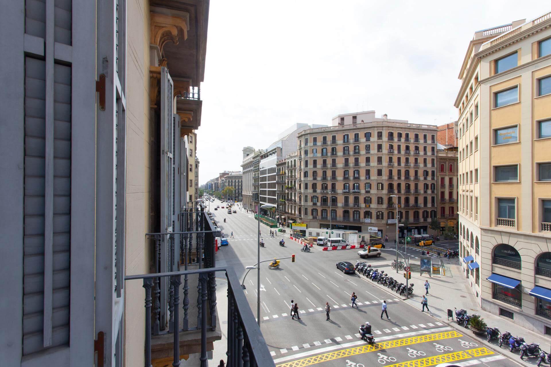 Piso en alojamientos tur sticos barcelona l 39 eixample arago pau claris - Piso turistico barcelona ...