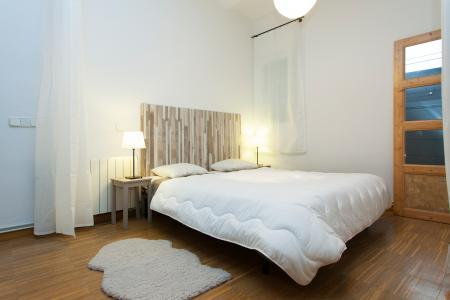 Appartement te huur in Barcelona Ramon Turro - Bac De Roda