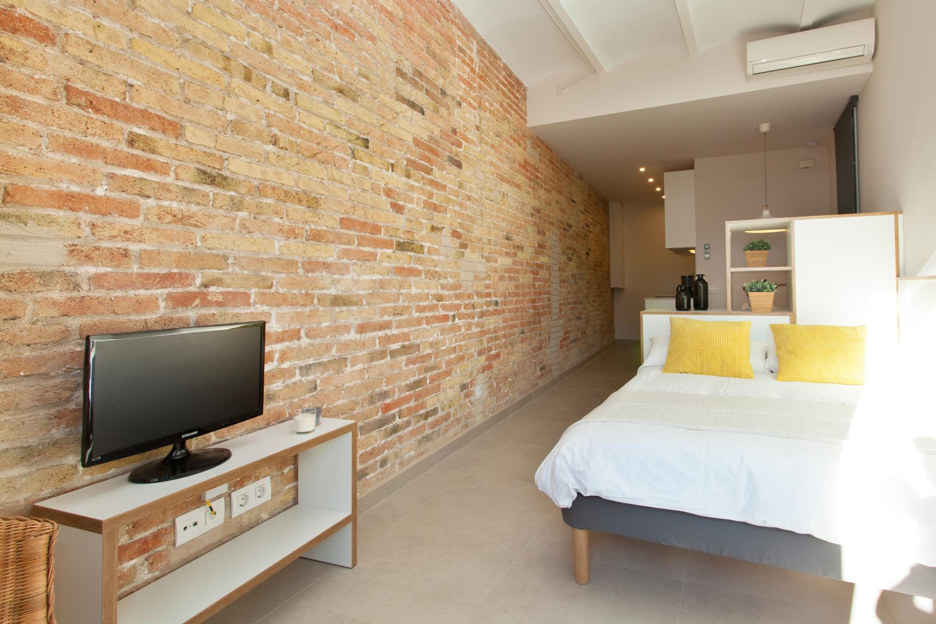 Shbarcelona alquiler piso con balc n en la sagrada familia - Piso alquiler sagrada familia ...