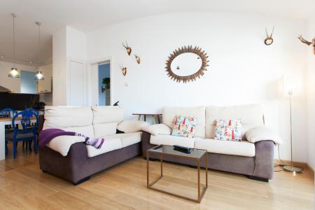 Amplo e moderno apartamento na Plaça Carme Monturiol