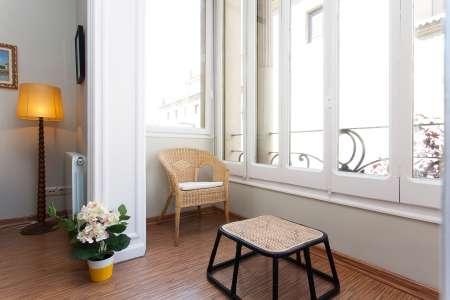 Apartamento de 2 habitaciones y despacho en República Argentina
