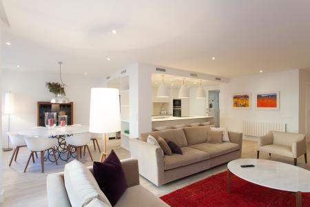 Extraordinario y moderno piso ideal para siete personas
