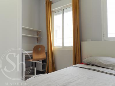 Apartment for Rent in Madrid Plaza PeÑuelas - Embajadores