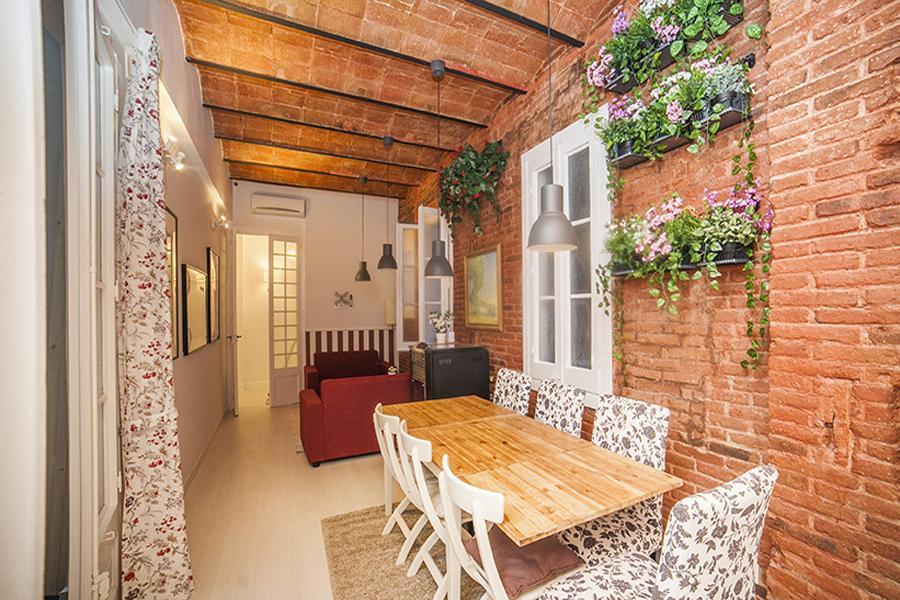 Appartamento in Affitto a Barcelona Ronda Sant Antoni - Casanova