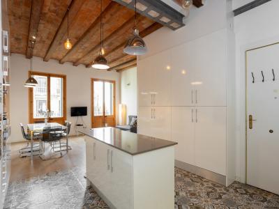 Appartamento in Affitto a breve termine a Barcelona Fontanella - Plaza Catalunya (till 04/07/20)