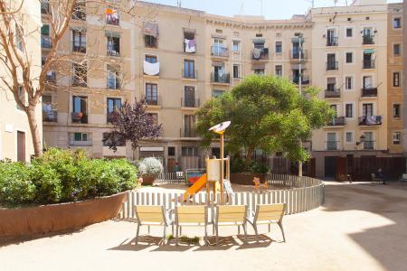Fully equipped apartment for rent in Raval Ciutat Vella District of Barcelona