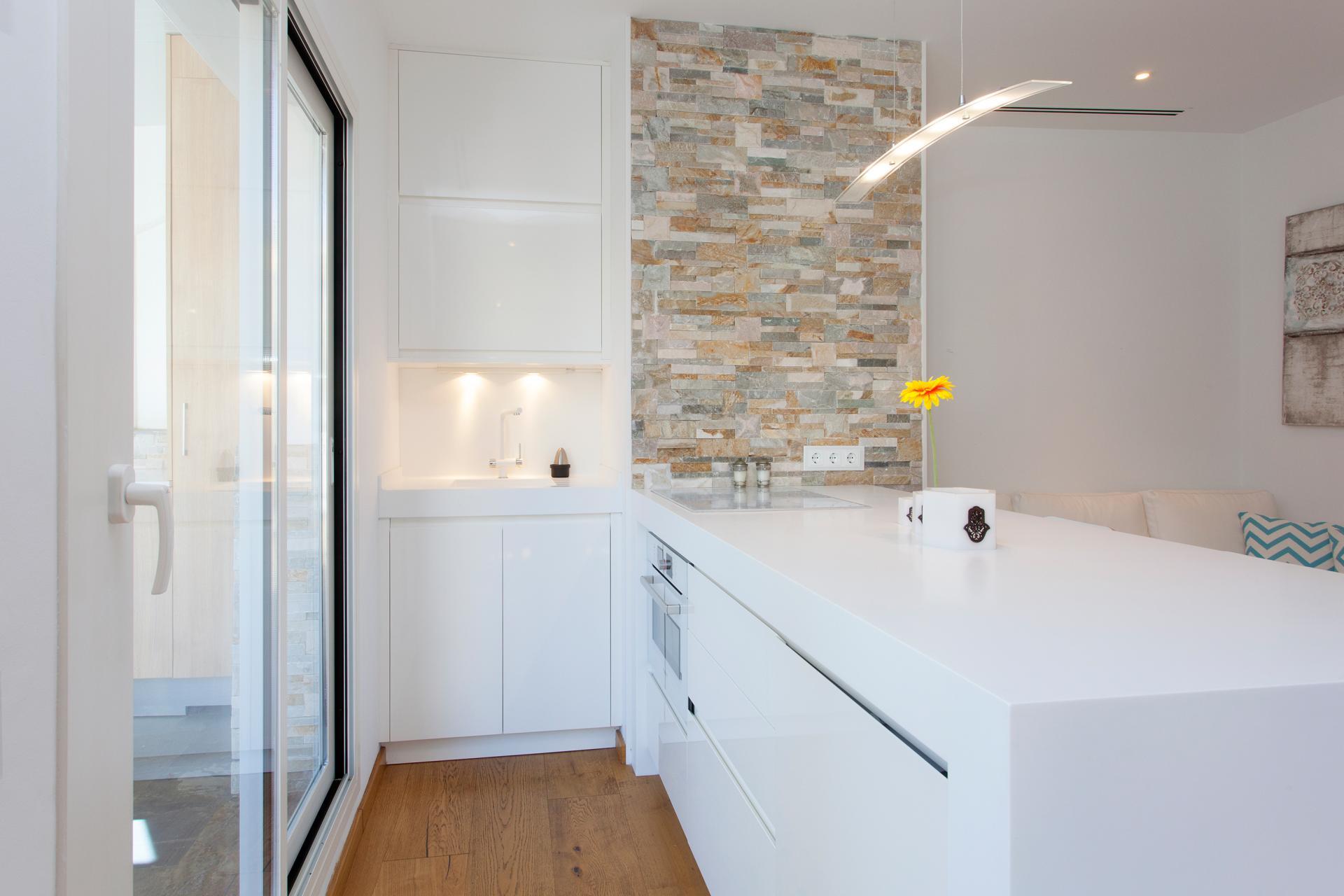 shbarcelona appartement louer sant gervasi barcelone. Black Bedroom Furniture Sets. Home Design Ideas