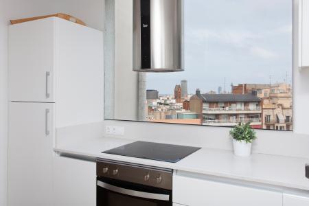 Attico in Affitto a Barcelona Villarroel - Tamarit