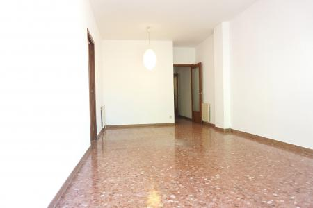 Apartment for Rent in Barcelona Av Paral·lel - Jaume Fabra