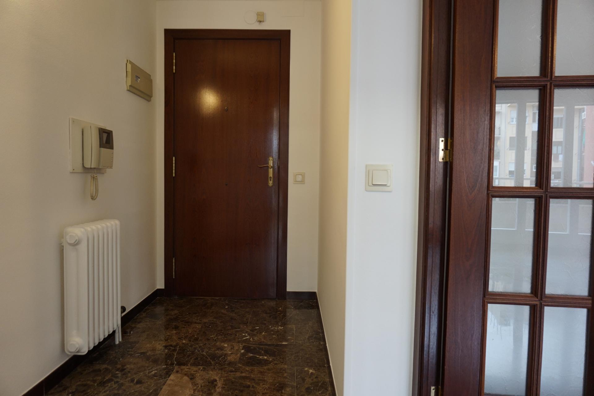 Piso en alquiler barcelona gr cia bail n c rsega - Amueblar piso completo barcelona ...