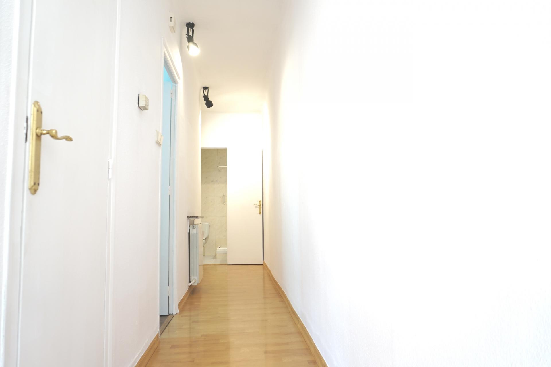 Piso en alquiler barcelona l 39 eixample lepant casp - Amueblar piso completo barcelona ...