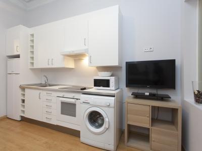 Appartamento in Affitto a breve termine a Barcelona Gran Via - Casanova