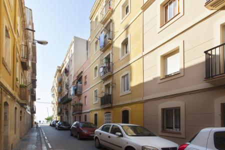 Estudio de alquiler mensual en la Barceloneta