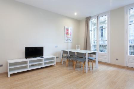 Aluga-se apartamento mobiliado na Plaza de Les Olles - Pla de Palau